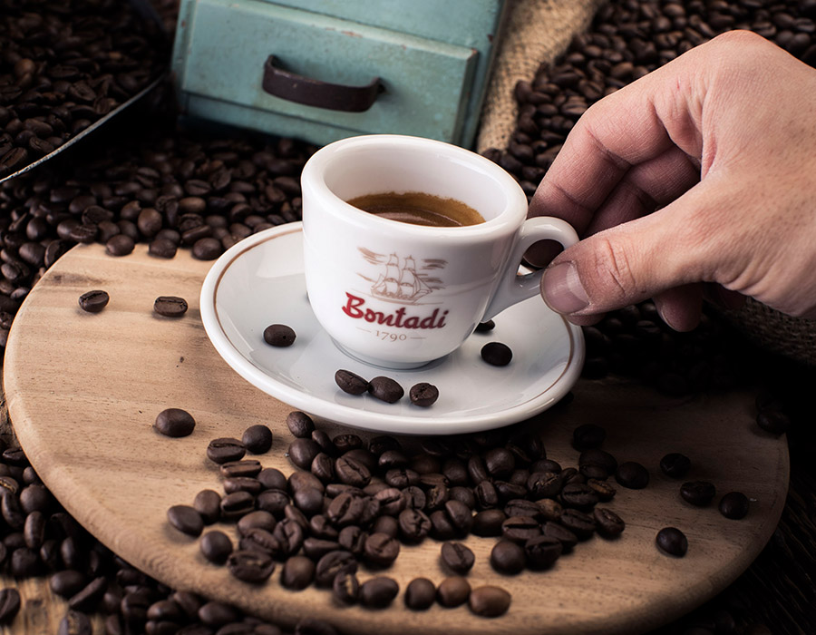 Feiner Kaffee von der Siebträgermaschine