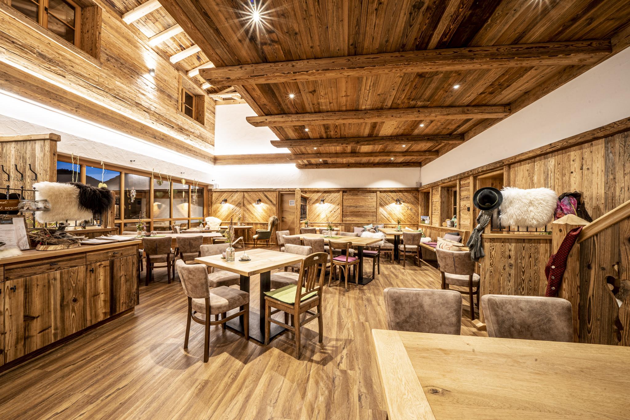 Restaurant Lahnerstubn. Foto: Wolfgang Kronwitter, www.windkinder.com